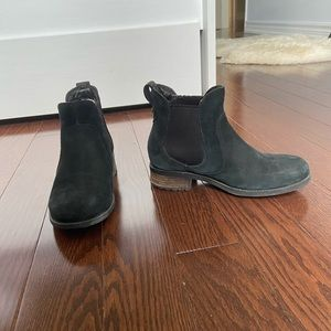 Uggs Suede Chelsea Boots